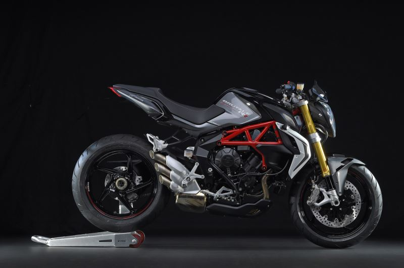 motorcycle photo MV AGUSTA - BRUTALE 800 RR(2015) STREET