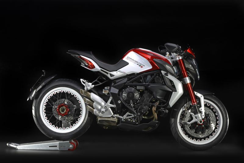 motorcycle photo MV AGUSTA - BRUTALE 800 DRAGSTER RR(2015) STREET