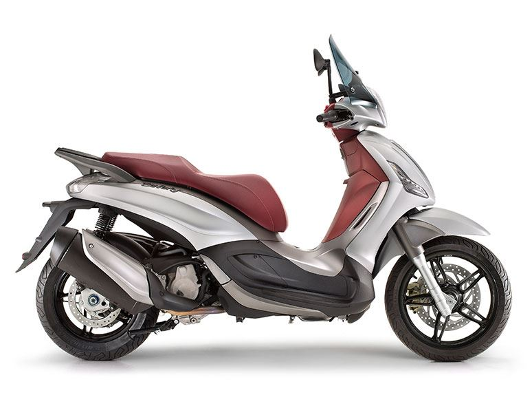 motorcycle photo PIAGGIO - BEVERLY SPORT TOURING 350 IE(2016) SCOOTER