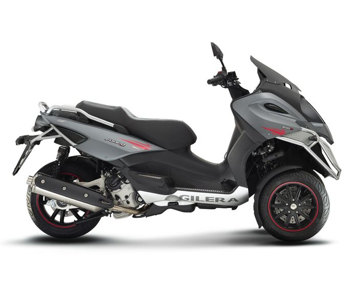 motorcycle photo GILERA - FUOCO 500 LT(2017) SCOOTER