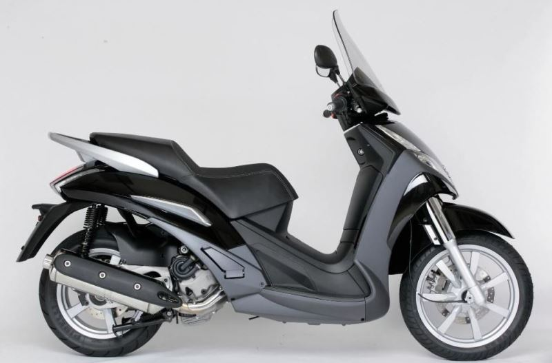 motorcycle photo PEUGEOT - GEOPOLIS 400(2019) SCOOTER