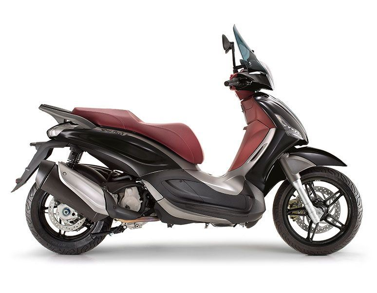 motorcycle photo PIAGGIO - BEVERLY SPORT TOURING 350IE(2014) SCOOTER